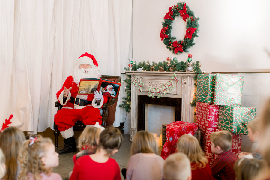 Read more about the article Breakfast with Santa | Holiday event